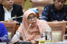 Pemerintah Izinkan Kegiatan Berskala Besar, Komisi IX: Jangan Gegabah!